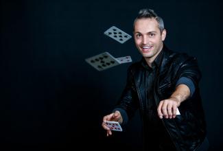 Jad Magicien Illusionniste