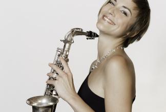 Julia Sax - solo performance
