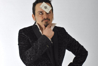 LARRY MANCINI - Magic Performer, Entertainer